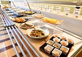 【朝食付プラン】和洋バイキングの朝食が含まれるプランです。朝は6:30から営業中です。
